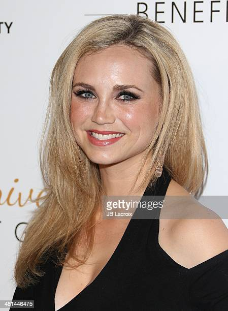 Fiona Gubelmann attends The Humane Society Of The United States 60th Anniversary Benefit Gala held at The Beverly Hilton Hotel on March 29 2014 in...
