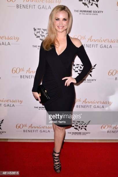 Fiona Gubelmann attends the Humane Society of the United States 60th Anniversary Benefit Gala at The Beverly Hilton Hotel on March 29 2014 in Beverly...