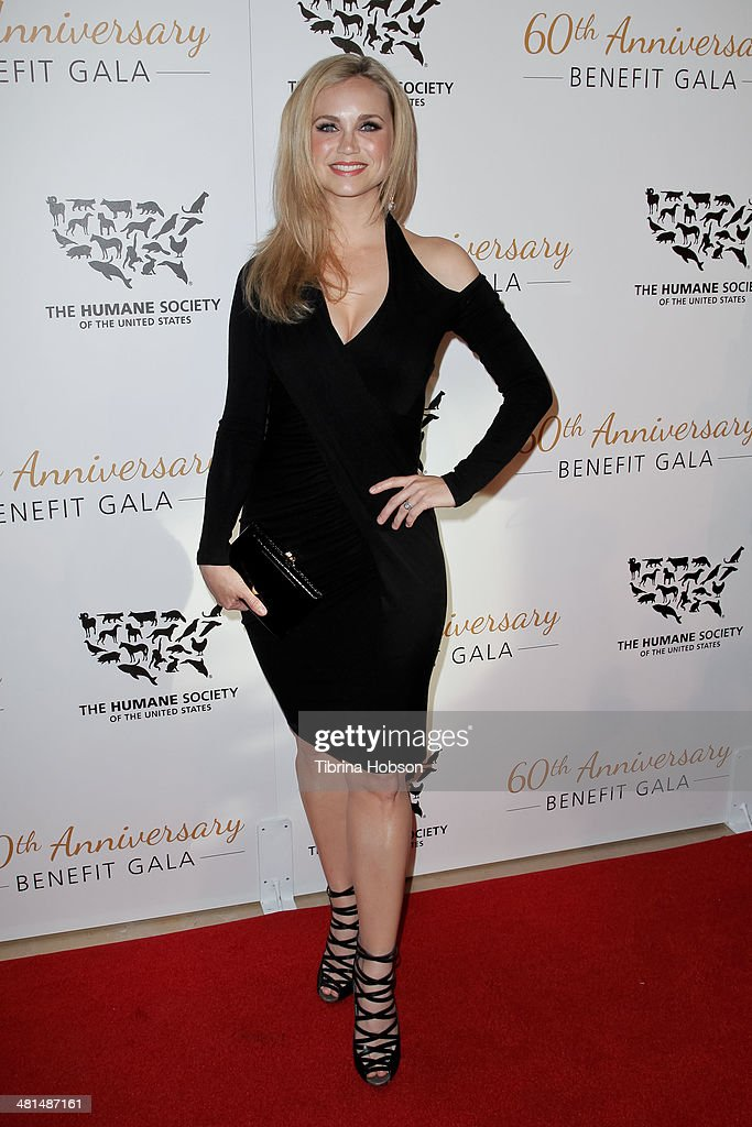Fiona Gubelmann attends the Humane Society's 60th anniversary benefit gala at the Beverly Hilton Hotel on March 29, 2014 in Beverly Hills, California.