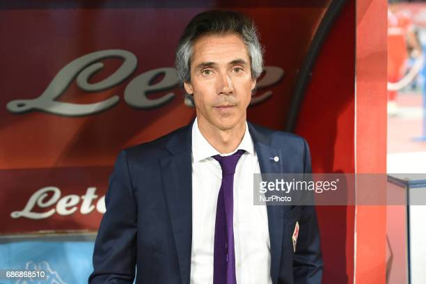 Fiorentina coach Paulo Sousa during the Serie A TIM match between SSC Napoli and ACF Fiorentina at Stadio San Paolo Naples Italy on 20 May 2017