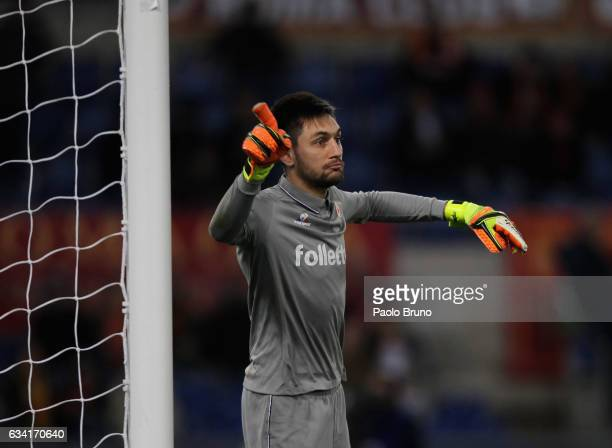 Fiorentina goalkeeper Ciprian Tatarusanu gestures during the Serie A match between AS Roma and ACF Fiorentina at Stadio Olimpico on February 7 2017...