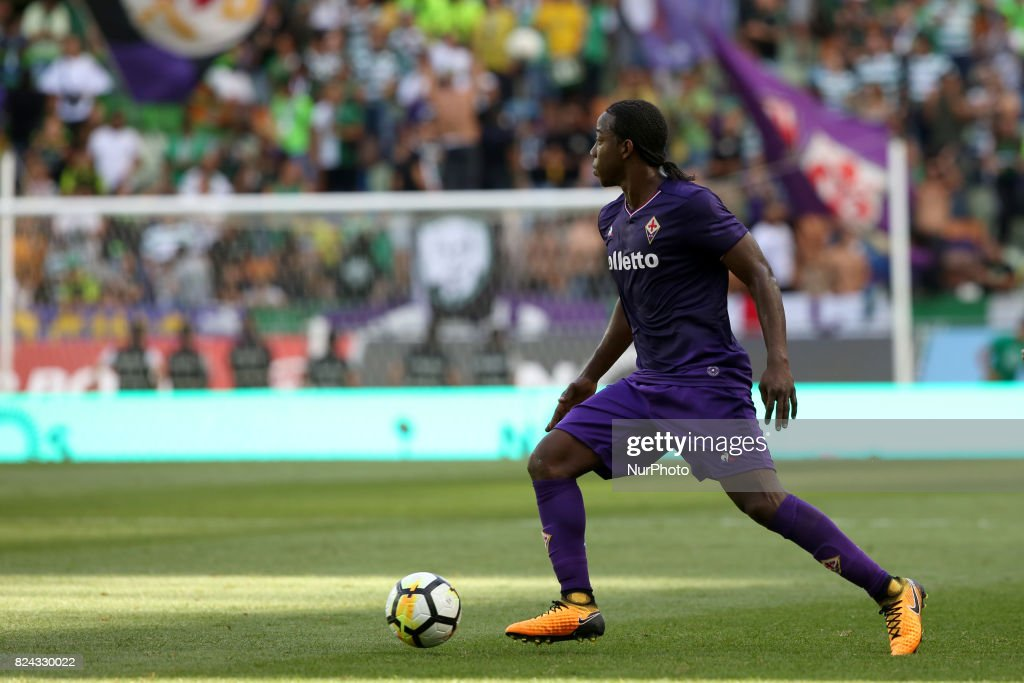 Fiorentina midfielder Carlos Sanchez Moreno from Colombia in action during the Trophy Five Violins 2017 final football match Sporting CP vs ACF Fiorentina at Alvadade stadium in Lisbon, Portugal on July 29, 2017.