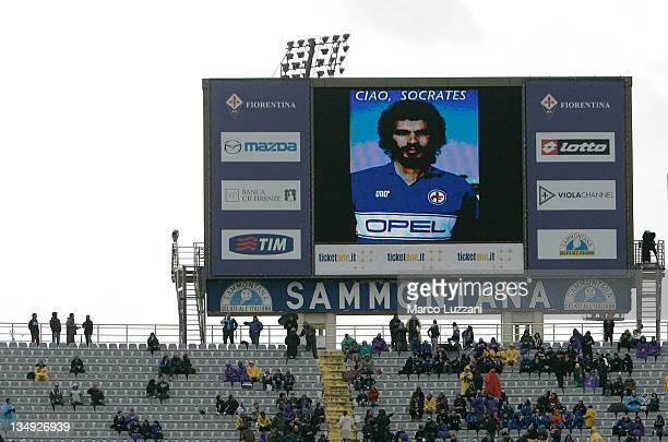 Fiorentina show a giant picture in memory of Socrates during the Serie A match between ACF Fiorentina and AS Roma at Stadio Artemio Franchi on...