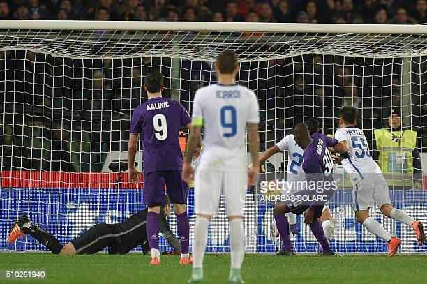 Fiorentina's forward from Senegal Khouma Babacar scores a goal during the Italian Serie A football match Fiorentina vs Inter Milan on February 14...
