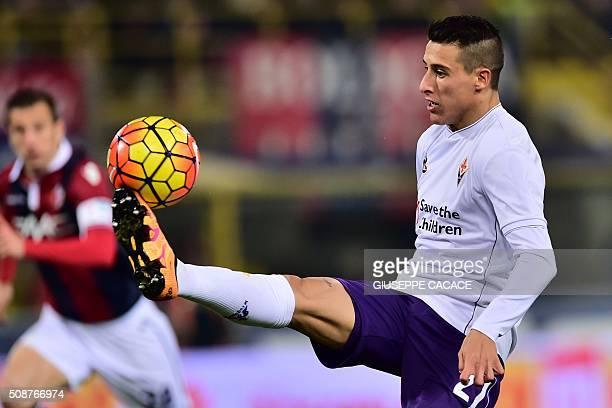 Fiorentina's forward from Spain Cristian Tello controls the ball during the Serie A football match Bologna vs Fiorentina at 'Renato Dall'Ara' Stadium...