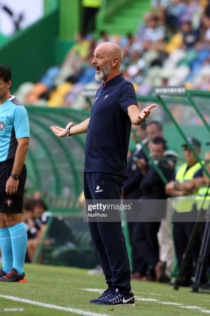 Fiorentina's head coach Stefano Poli reacts during the Trophy Five Violins 2017 final football match Sporting CP vs ACF Fiorentina at Alvadade stadium in Lisbon, Portugal on July 29, 2017.