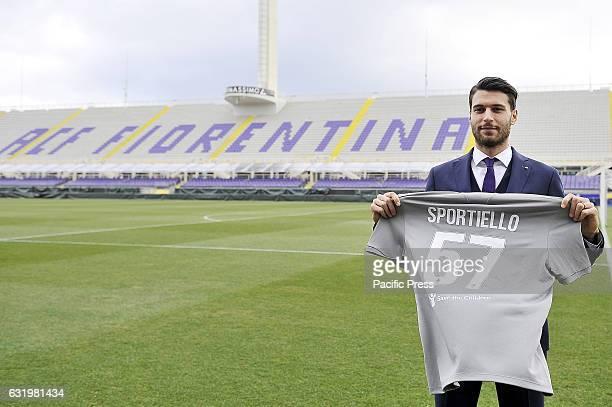 Fiorentina's new goalkeeper Marco Sportiello poses for photographers during his presentation at Artemio Franchi Stadium