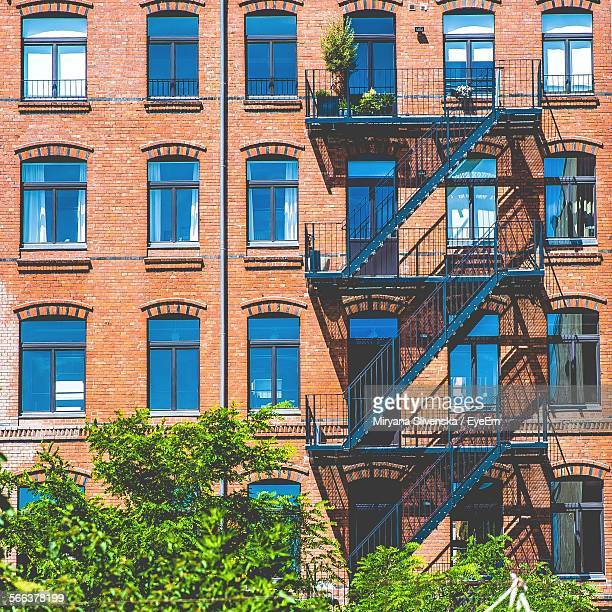 Old Brick Apartment Building: Fire Escape Stock Photos And Pictures