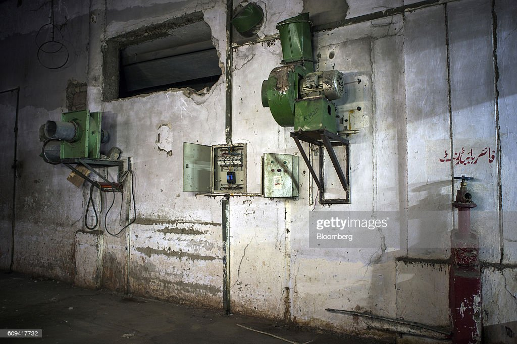 fire hydrant fuse box and other equipment are seen in the ginning and picture id609417732?s=612x612 ginning stock photos and pictures getty images fuse box fire at readyjetset.co