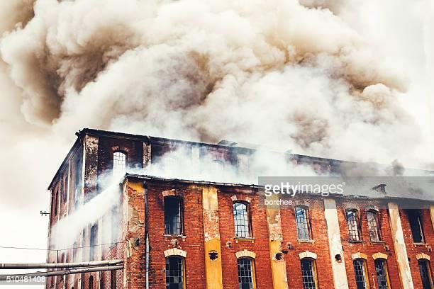 Feuer In einem alten Gebäude