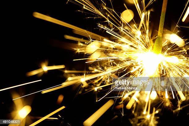 Fire sparkler