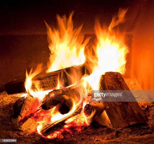 Kamin Feuer im winter