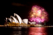 CONTENT] Fireworks explode behind the Sydney Opera House