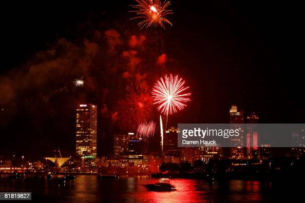 Fireworks explode during a July Fourth fireworks show on the shore of Lake Michigan July 3 2008 in downtown Milwaukee Wisconsin The city...
