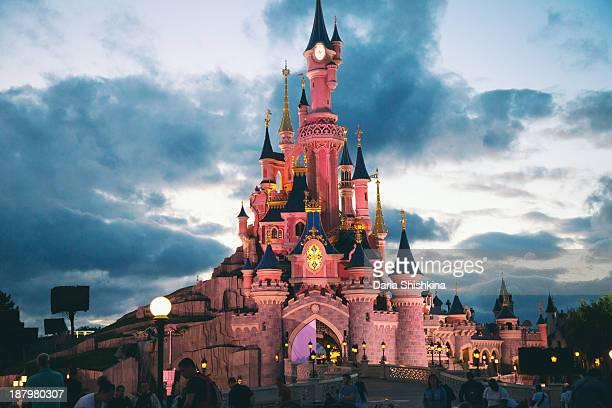 CONTENT] Fireworks in DisneyLand Paris July 2013