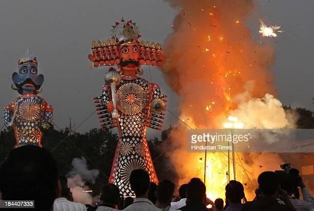 Saraswati Puja Stock-Fotos und Bilder | Getty Images
