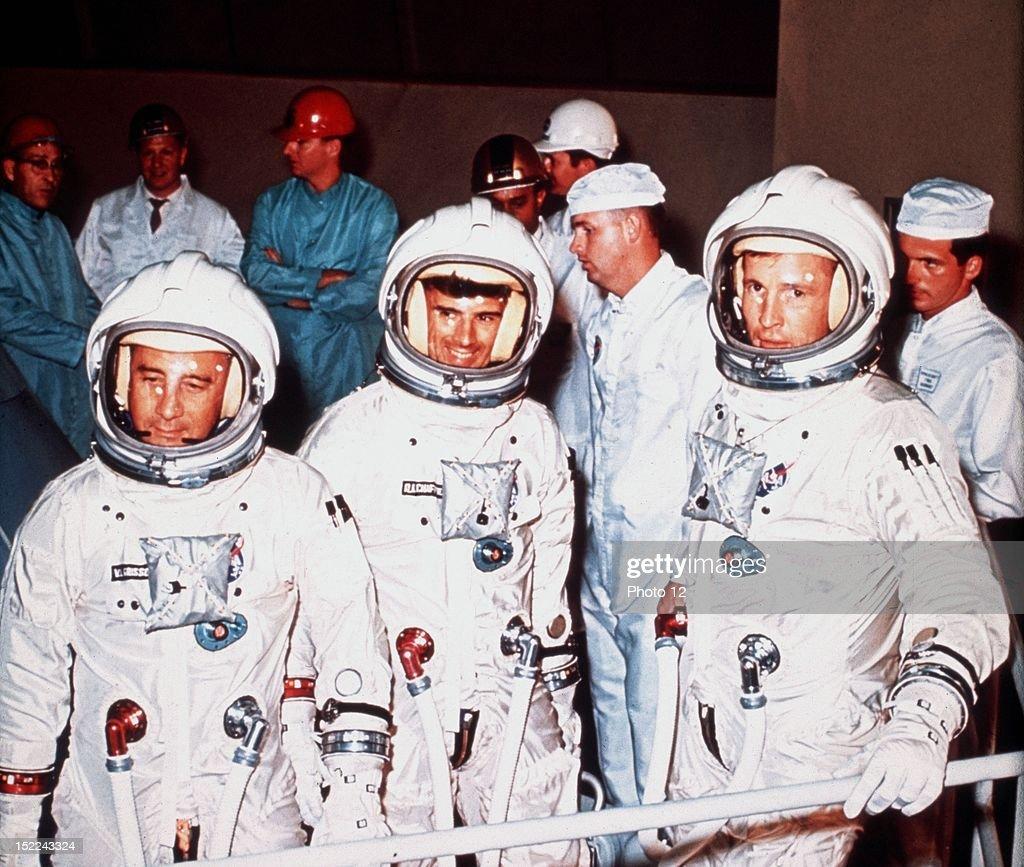 astronaut ed white apollo mission - photo #25