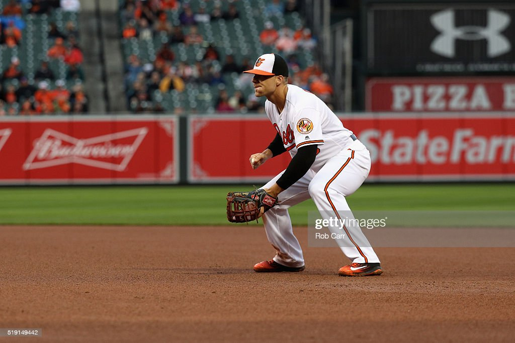 First baseman <a gi-track='captionPersonalityLinkClicked' href=/galleries/search?phrase=Chris+Davis+-+Baseball+Player&family=editorial&specificpeople=7129264 ng-click='$event.stopPropagation()'>Chris Davis</a> #19 of the Baltimore Orioles follows the pitch against the Minnesota Twins in the fourth inning of their Opening Day game at Oriole Park at Camden Yards on April 4, 2016 in Baltimore, Maryland.