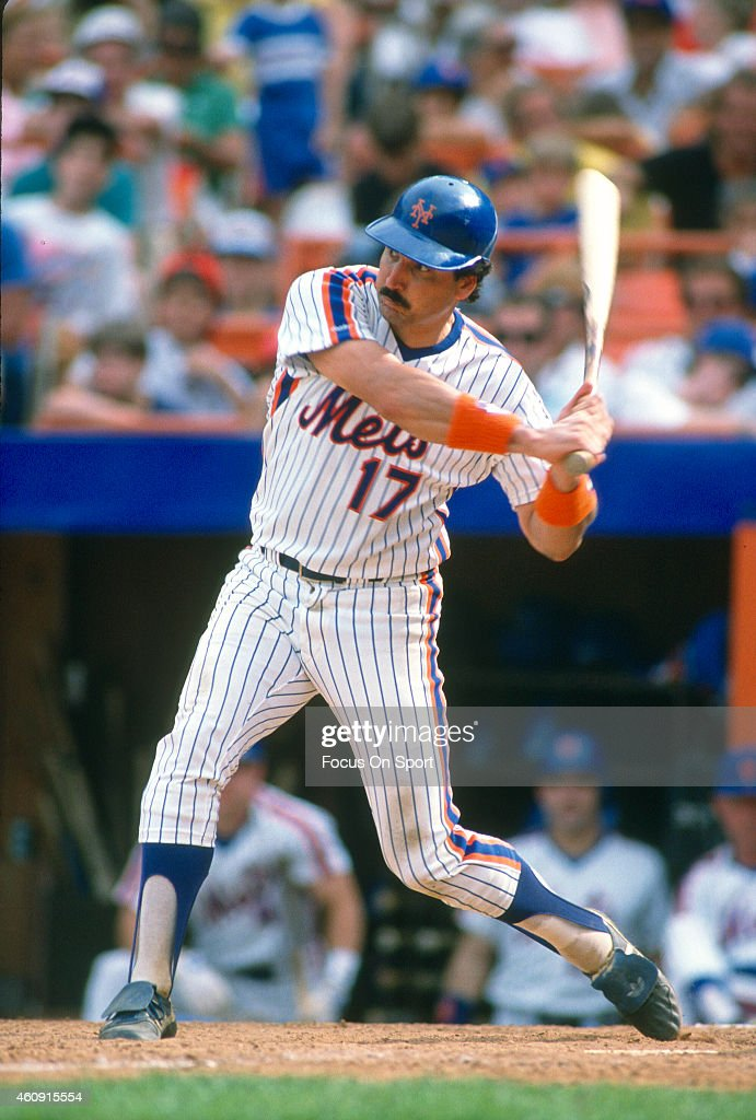 first-baseman-keith-hernandez-of-the-new