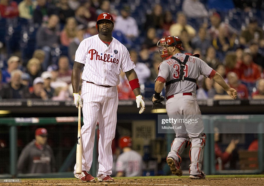 First baseman <a gi-track='captionPersonalityLinkClicked' href=/galleries/search?phrase=Ryan+Howard&family=editorial&specificpeople=551402 ng-click='$event.stopPropagation()'>Ryan Howard</a> #6 of the Philadelphia Phillies reacts after striking out in the bottom of the eighth inning against the Cincinnati Reds on May 16, 2014 at Citizens Bank Park in Philadelphia, Pennsylvania.