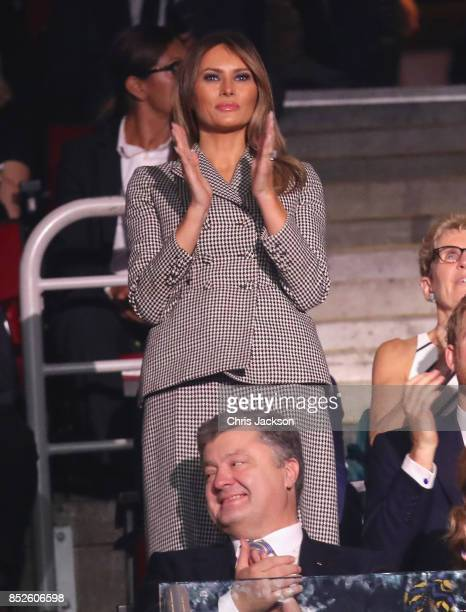 First Lady Melania Trump cheers for the USA team during the opening ceremony of the 2017 Invictus Games at Air Canada Centre on September 23 2017 in...