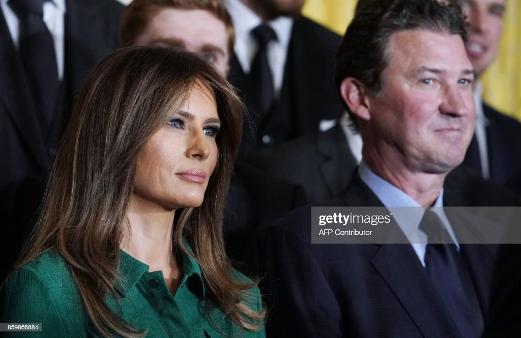 US First Lady Melania Trump stands next to Pittsburgh Penguins owner Mario Lemieux at an event honouring the 2017 Stanley Cup Champions, The Pittsburgh Penguins, in the East Room of the White House in Washington, DC, on October 10, 2017. / AFP PHOTO / Mandel NGAN