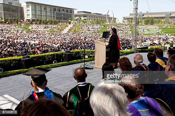 First Lady Michelle Obama delivers the commencement speech at the University of California Merced on May 16 2009 in Merced California The 500...