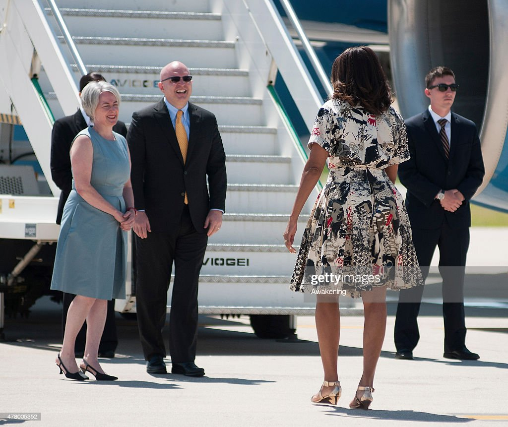 June 21 2015 Malia Sasha And Michelle Obama Leaving: First Lady Michelle Obama Departs From Venice