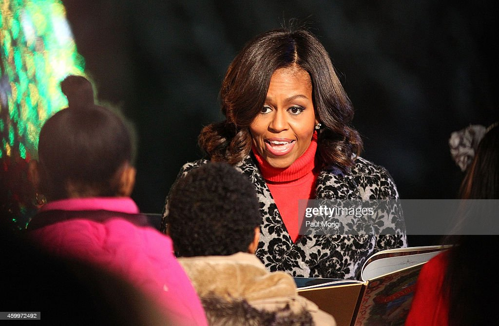 First lady Michelle Obama reads ''Twas The Night Before ...