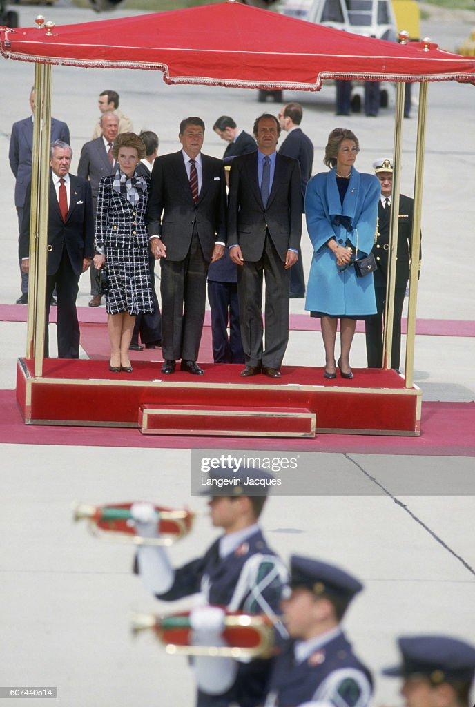 ¿Cuánto mide Ronald Reagan? - Altura - Real height First-lady-nancy-reagan-us-president-ronald-reagan-king-juan-carlos-picture-id607440514