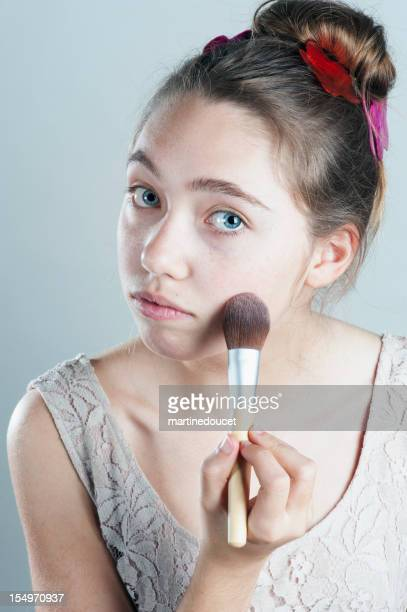 Primera maquillaje para la Hermosa adolescente.