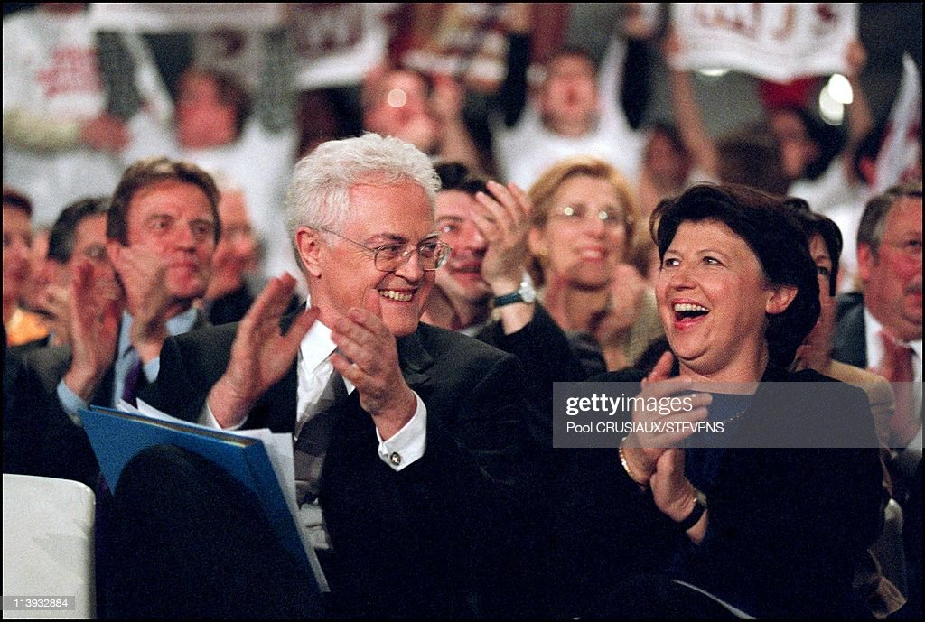 First meeting of Presidential Candidate Lionel Jospin In Lille, France On March 07, 2002 -Jospin - Aubry.