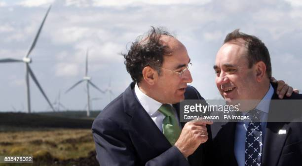 First Minister Alex Salmond and Scottish Power Chairman Ignacio Galan officially open Europe's biggest onshore wind farm Whitelee Windfarm on the...