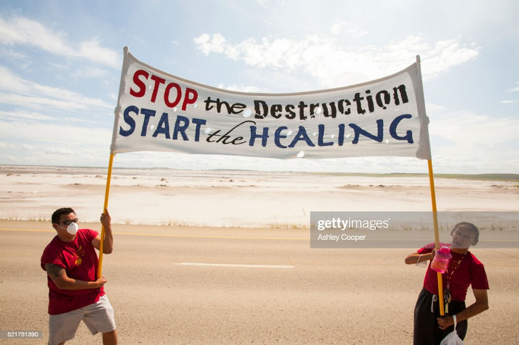First Nation Canadians protest : Stock Photo