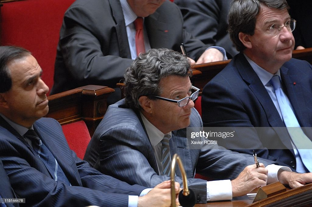 First session after June's parliamentary election at French National Assembly in Paris, France on June 26, 2007 - <a gi-track='captionPersonalityLinkClicked' href=/galleries/search?phrase=Roger+Karoutchi&family=editorial&specificpeople=4081438 ng-click='$event.stopPropagation()'>Roger Karoutchi</a>, Jean-Louis Borloo, <a gi-track='captionPersonalityLinkClicked' href=/galleries/search?phrase=Xavier+Darcos&family=editorial&specificpeople=782029 ng-click='$event.stopPropagation()'>Xavier Darcos</a>.
