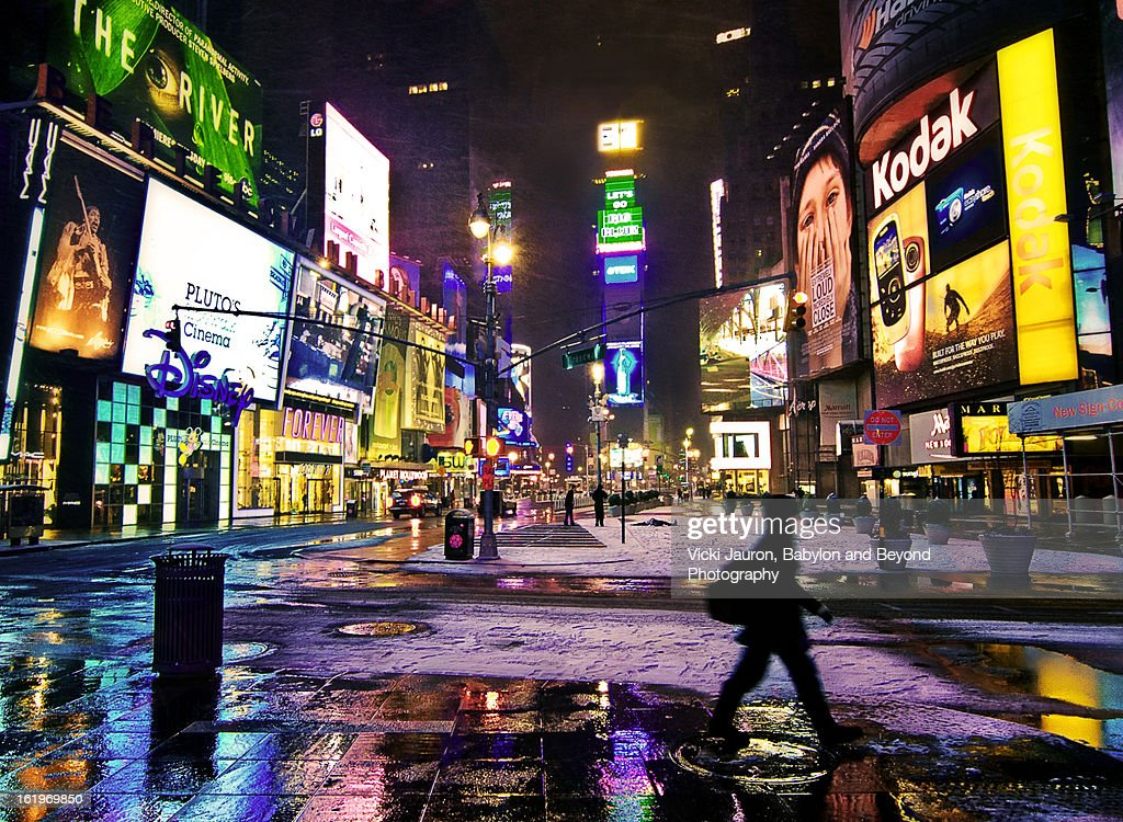 First Snowfall of 2012 in Times Square