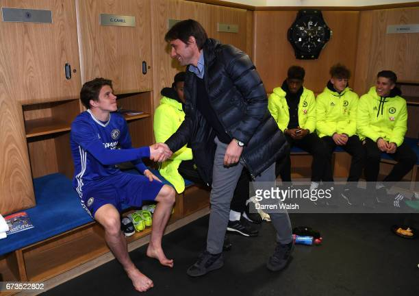 First team coach Antonio Conte speaks to the players following victory in the FA Youth Cup Final second leg between Chelsea and Mancherster City at...
