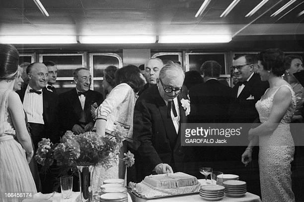 First Transatlantic Crossing Of The Liner 'France' Février 1962 première traversée transatlantique du paquebot 'France' Ici lors d'une soirée à bord...