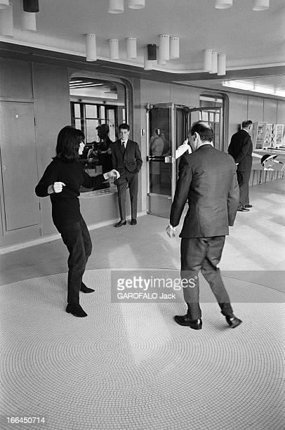 First Transatlantic Crossing Of The Liner 'France' Le 3 février 1962 le paquebot 'France' quitte Le Havre pour New York pour sa première traversée de...