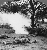 First World War battlefield scene 19141918 Stereoscopic card detail