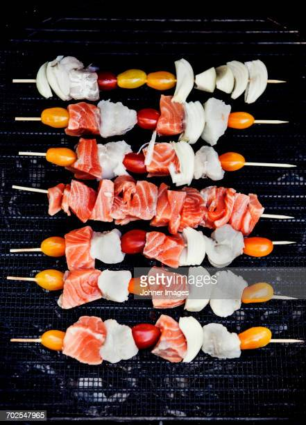 Fish and tomatoes skewers