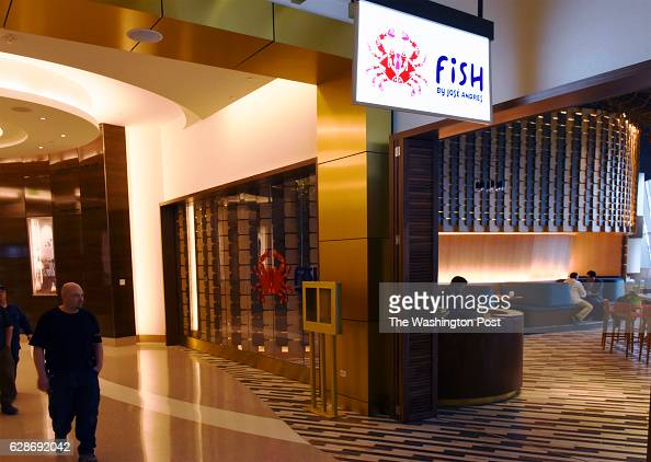 National harbor md stock photos and pictures getty images for Fish restaurant mgm