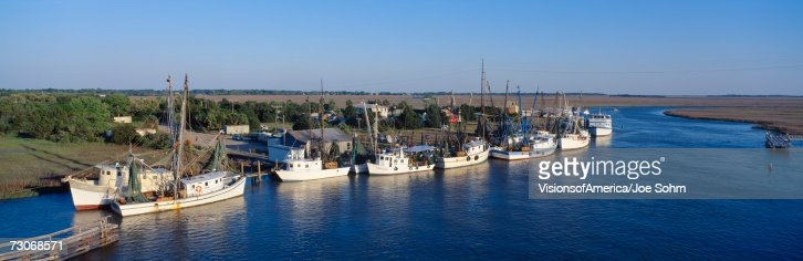 Fishing boats in intercoastal waterway north carolina for Nc fishing license cost
