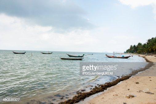 Fishing boats on shore; : Stockfoto