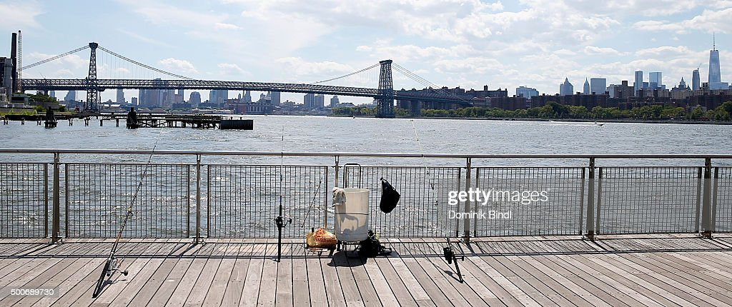 New york city exteriors and landmarks getty images for Fishing in new york city