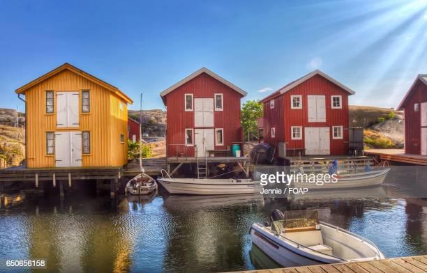 Fishing huts and boats at sea