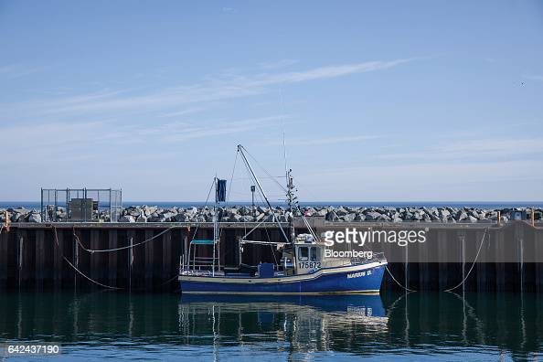 A fishing vessel sits at the Port of Rimouski on the St Lawrence River in Rimouski Quebec Canada on Wednesday Aug 24 2016 The STCA is scheduled to...