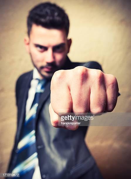 Poing geste de la main de l'homme d'affaires