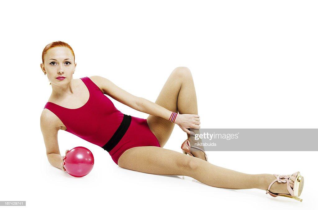Modelo Fitness con bola : Foto de stock