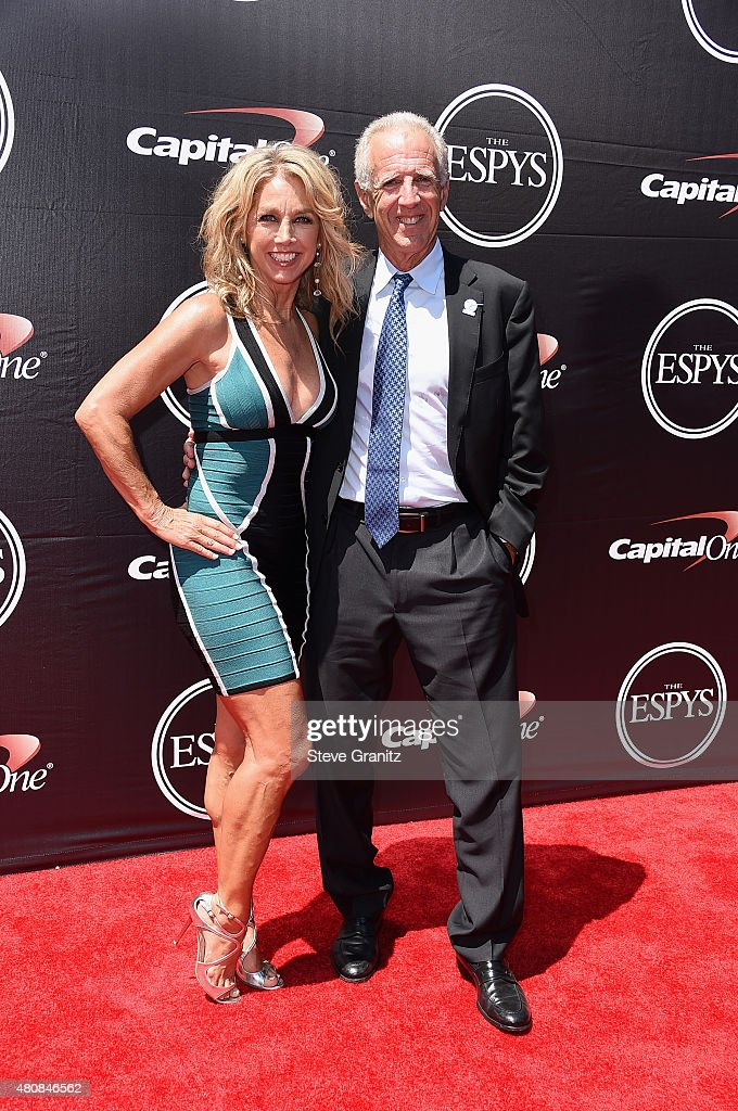 Fitness personality <a gi-track='captionPersonalityLinkClicked' href=/galleries/search?phrase=Denise+Austin&family=editorial&specificpeople=956724 ng-click='$event.stopPropagation()'>Denise Austin</a> (L) and <a gi-track='captionPersonalityLinkClicked' href=/galleries/search?phrase=Jeff+Austin+-+Baseball+Player&family=editorial&specificpeople=7915083 ng-click='$event.stopPropagation()'>Jeff Austin</a> attend The 2015 ESPYS at Microsoft Theater on July 15, 2015 in Los Angeles, California.